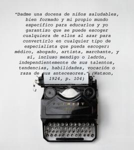 maquina de escribir fondo blanco con cita de watson